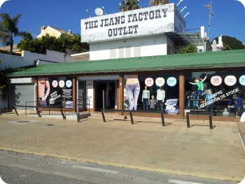 Belleza y fragancia the jeans factory outlet marbella - Marbella family fun ...