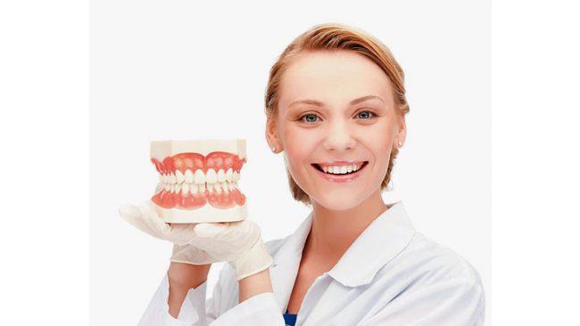 best dentist in marbella