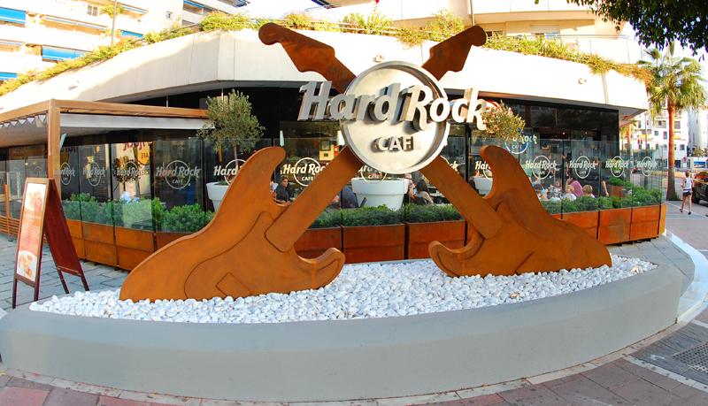 Hard rock cafe marbella the iconic music lover 39 s restaurant - Marbella family fun ...