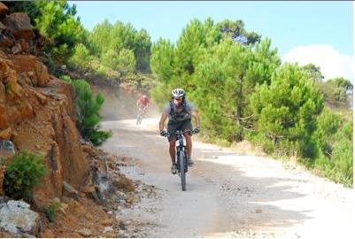 Team Xtreme mountain bike tour