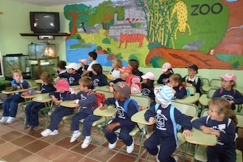 Calpe students at Bioparc classroom