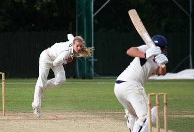 Cricket for teens in Marbella