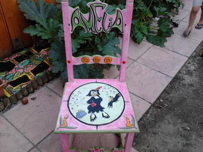 Create decorative chairs