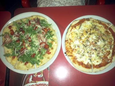 El Yoyi Pizzas