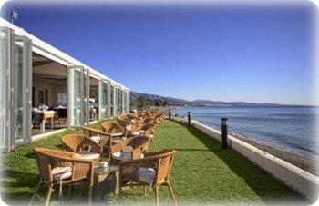 El Ancla restaurant has a great pool