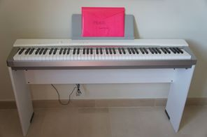 electronic piano for sale casio privia px 130 price 300. Black Bedroom Furniture Sets. Home Design Ideas