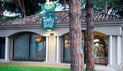 Funky Forest Cafe & Family Lounge in Marbella