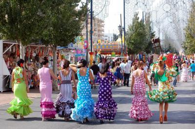 Traditional Spanish Flamenco Dresses