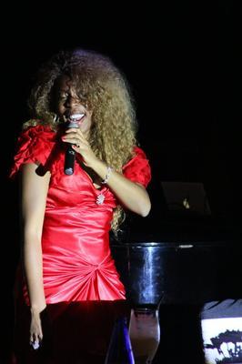Yanela Brooks Live at the Kempinski Dec 31, 2012