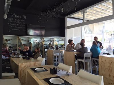 Noa Gastropub Marbella interior