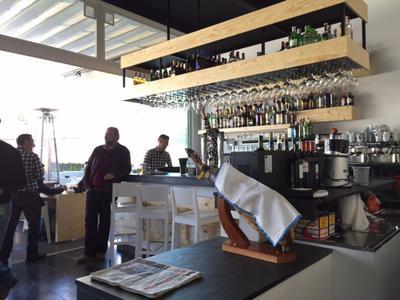 Noa Gastropub Marbella bar
