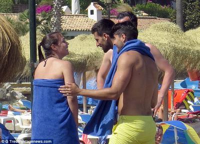 Djokovic enjoying Marbella's beaches