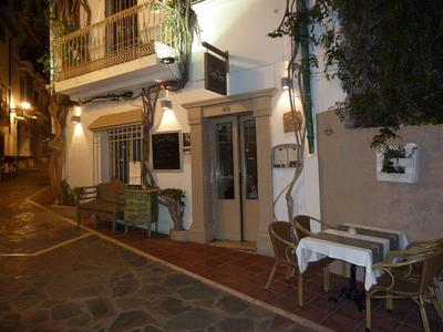 the approach to Casa Tua Marbella