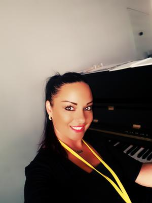 Singing and piano teacher in Marbella