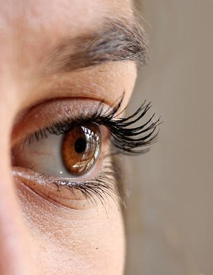 Dry eye syndrome, an infradiagnosed ocular pathology