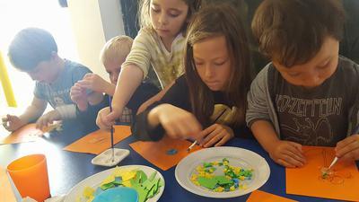 Painting time at Seta Magica