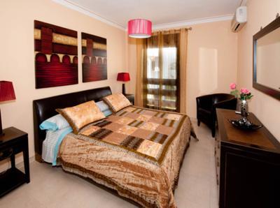 A021 - 2 bed apartment, La Maestranza, Puerto Banus