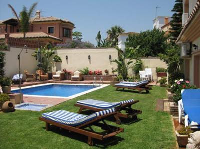 V020 - 7 bed villa, San Pedro
