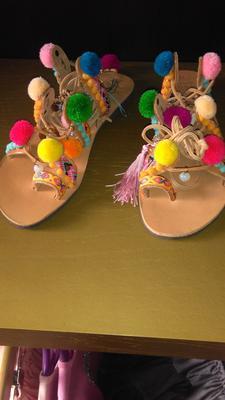 I bought the pom pom sandals