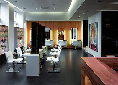 AVAILABLE: Hairdresser from New Zealand