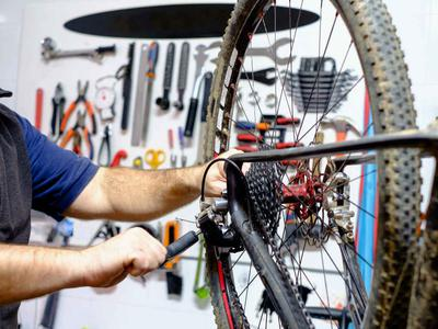Bike repair in Marbella