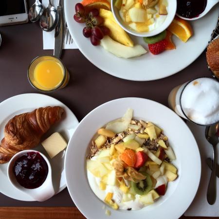 breakfast & brunch in Marbella