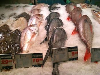 Buying fish in Spain