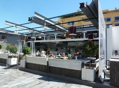 the restaurant and terrace of El Guino