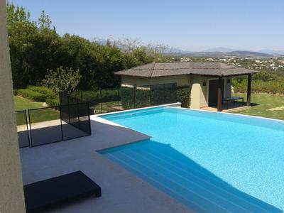 Installing a Pool Fence is now a key decider when families are choosing a rental villa..