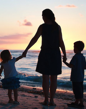 Marbella Mom with Kids