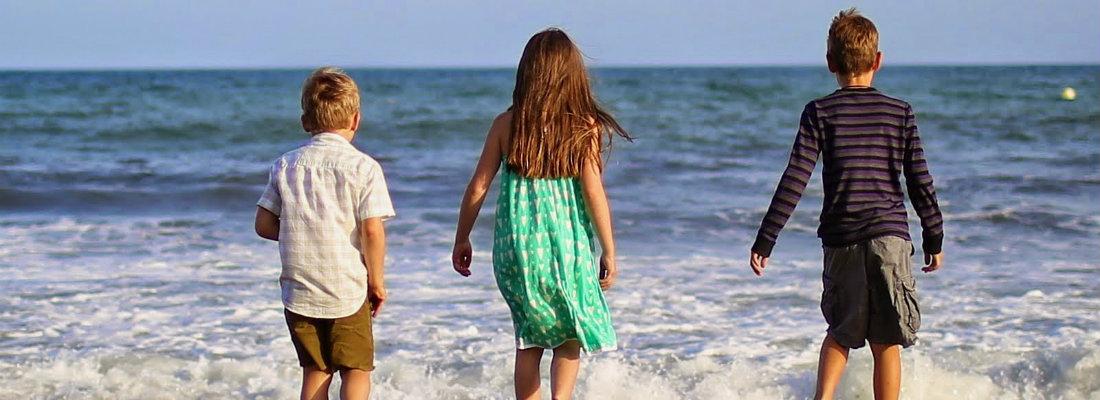 Marbella kids on beach